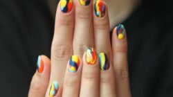 A three step guide to become a professional nail artist!