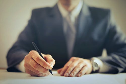 6 Advantages of Becoming a Lawyer Someday
